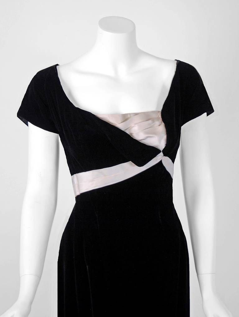 Nice 1950u0027s Ceil Chapman Black Velvet U0026 Ivory Satin Hourglass Fishtail Cocktail  Dress