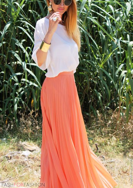 Peach Maxi Skirt and Flowy White Top | Coral maxi skirts