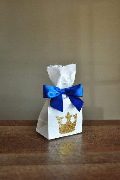 Royal Prince Baby Shower Favor Bags. Ships in 2-5 business days. Mini Party Favor Bags with King Crown and Bows 10CT.