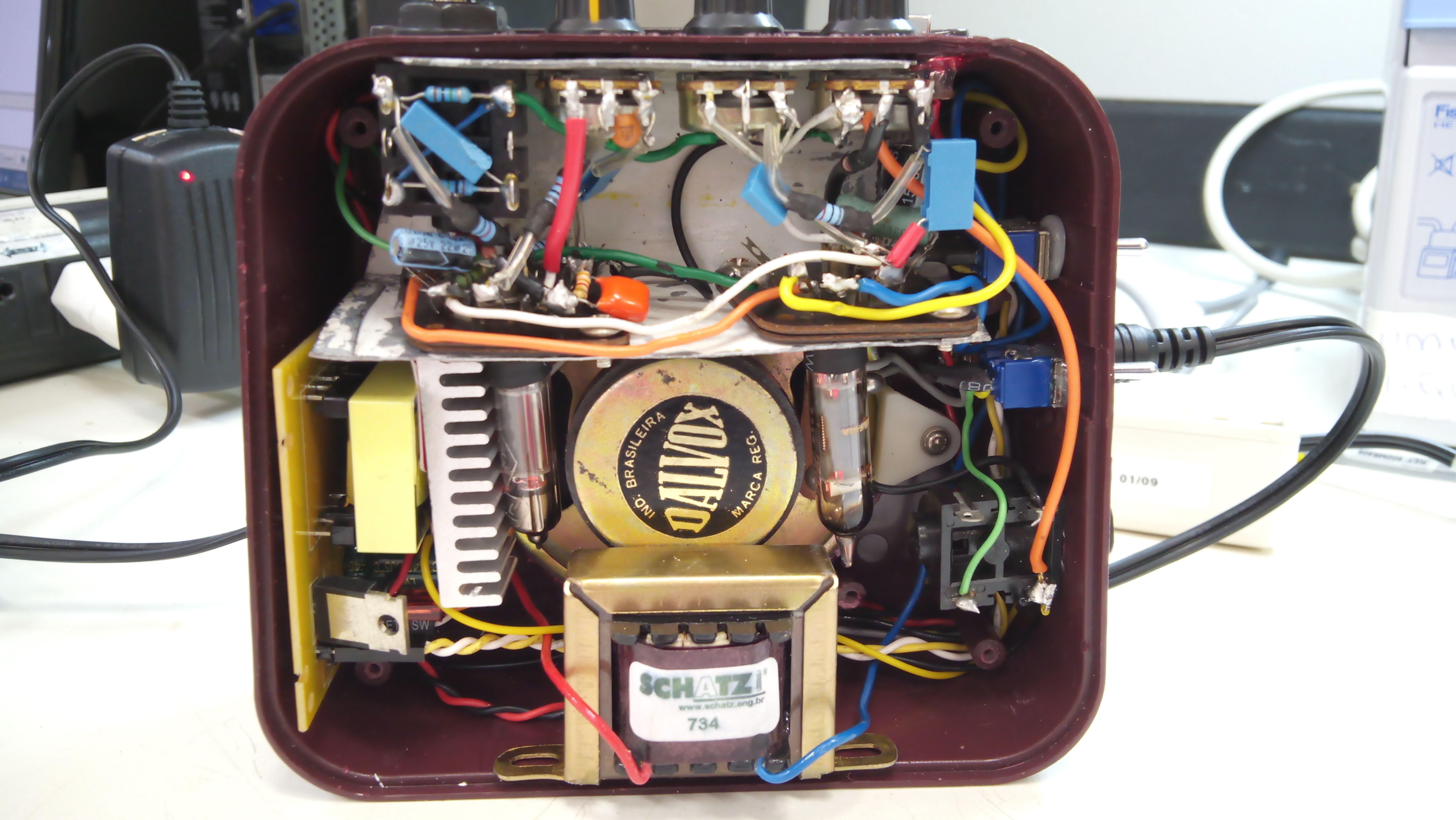 Homemade Subminiature Tube Amp conversion of a Honeytone