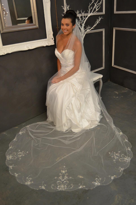 Beaded Scallop Elena Designs E1151L Cathedral Wedding Veil