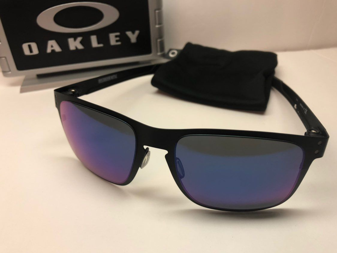 Very nice Oakley Metal Holbrook sunglasses. These are ...