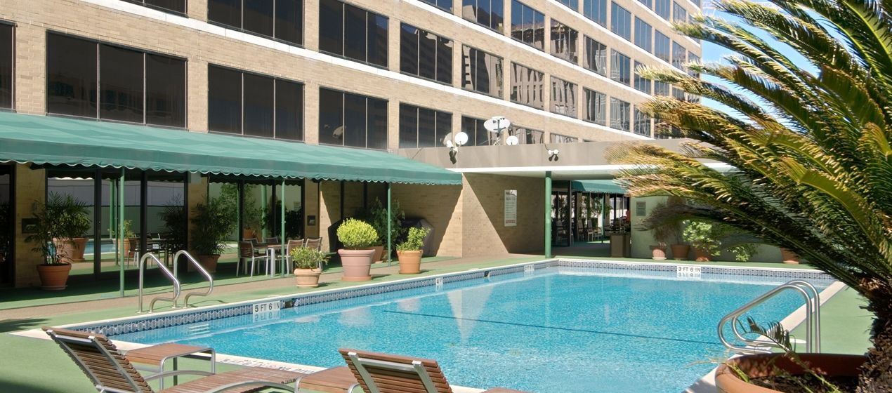 Hilton Houston Plaza Medical Center Tx Hotel Outdoor Pool