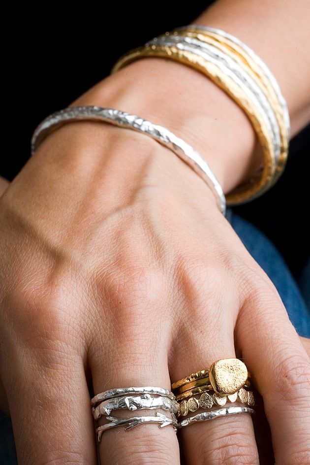 04c287861090 25 Reasons Mixing Gold and Silver Jewelry is Seriously Stylish   My ...