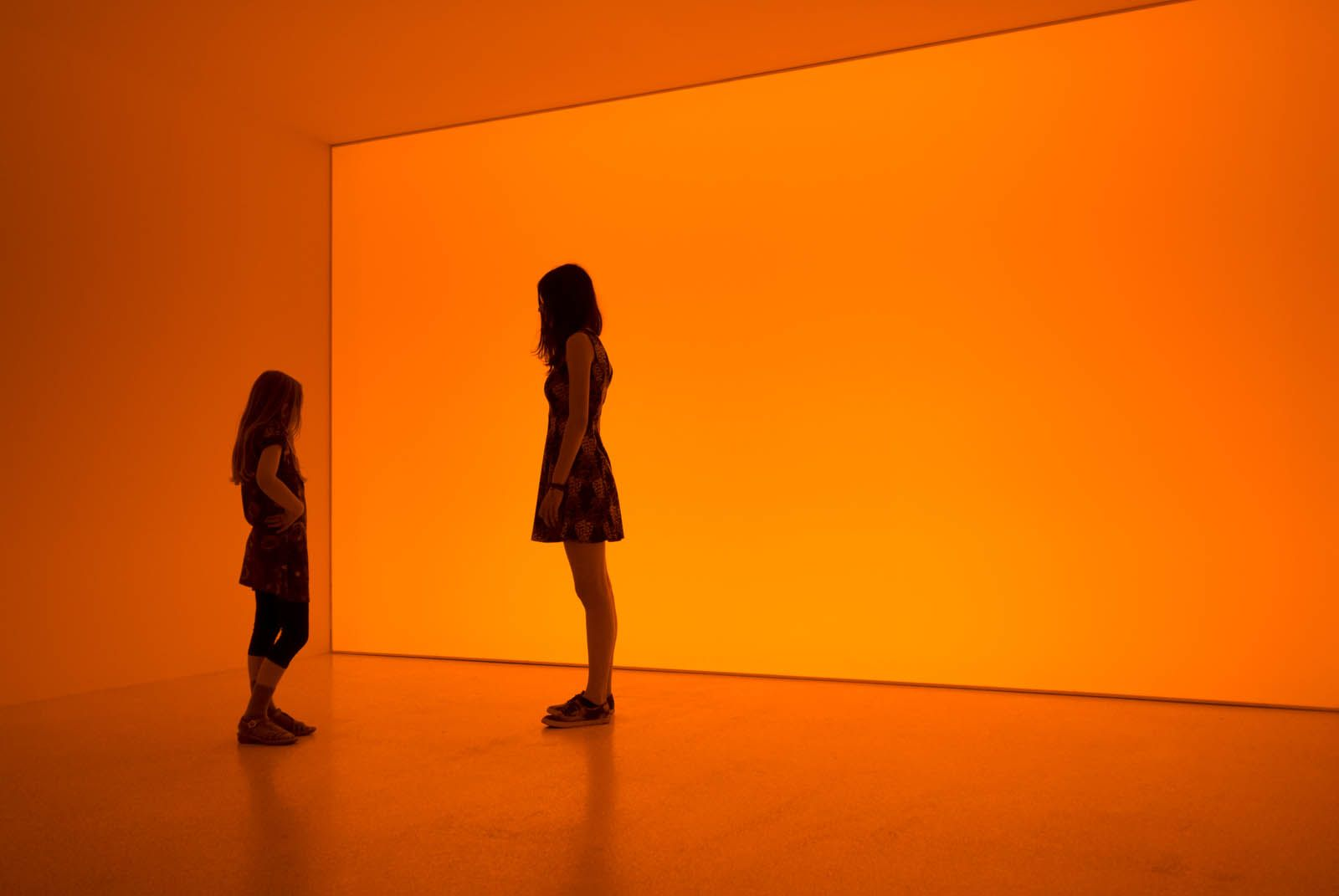 Olafur Eliasson Room For One Colour 1998 Kunsthalle Bremen Museo