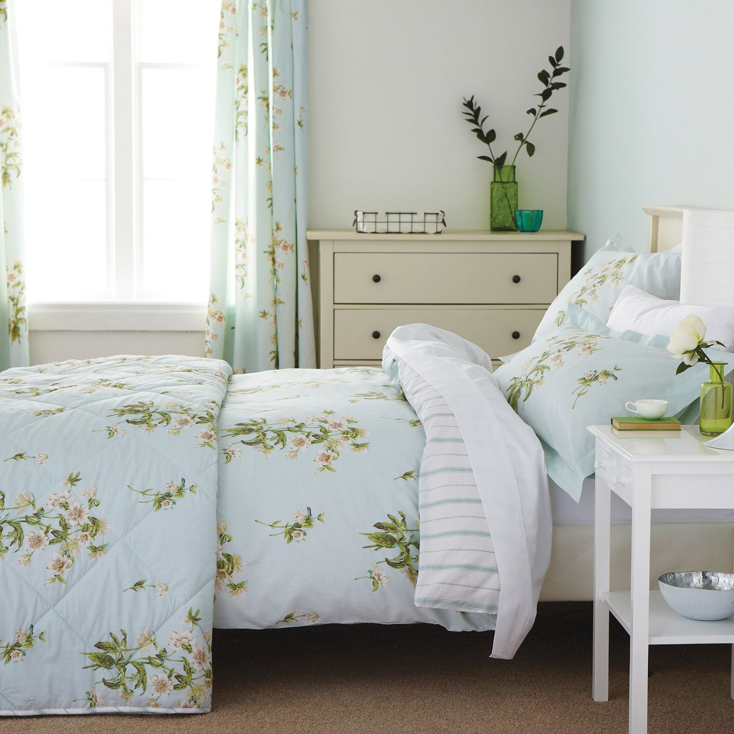 Sanderson Bed Linen Sanderson Hellebores Super King Duvet Cover Set,