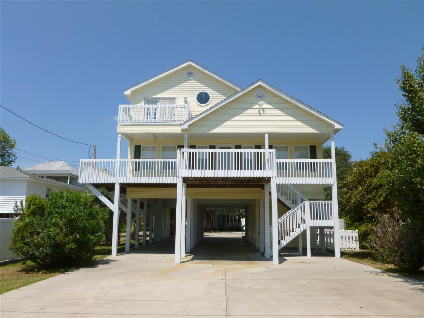 The surf house v north myrtle beach condo rental for Beach cottage house plans