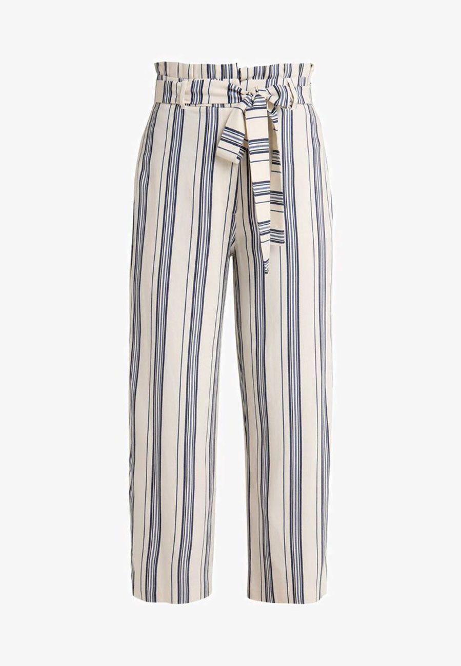 Pantalon Paperbag Con Rayas Verticales Y Lazada De River Island Vestidos A Rayas Verticales Ropa Pantalon Rayas