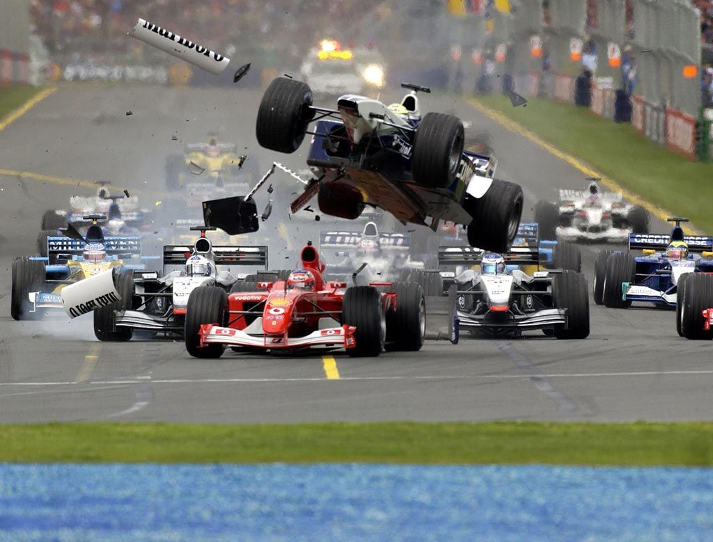 Ralf schumacher crash f1 australian gp 2001