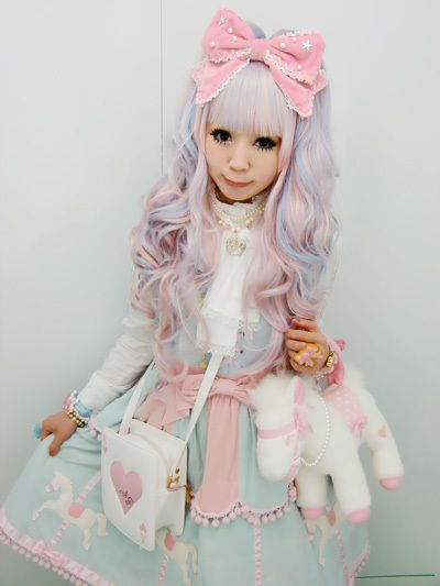 cute lolita baby doll kawaii, check out the white pony purse.