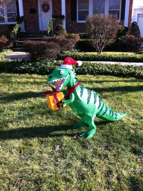 T Rex Christmas Lawn Decoration  from i.pinimg.com