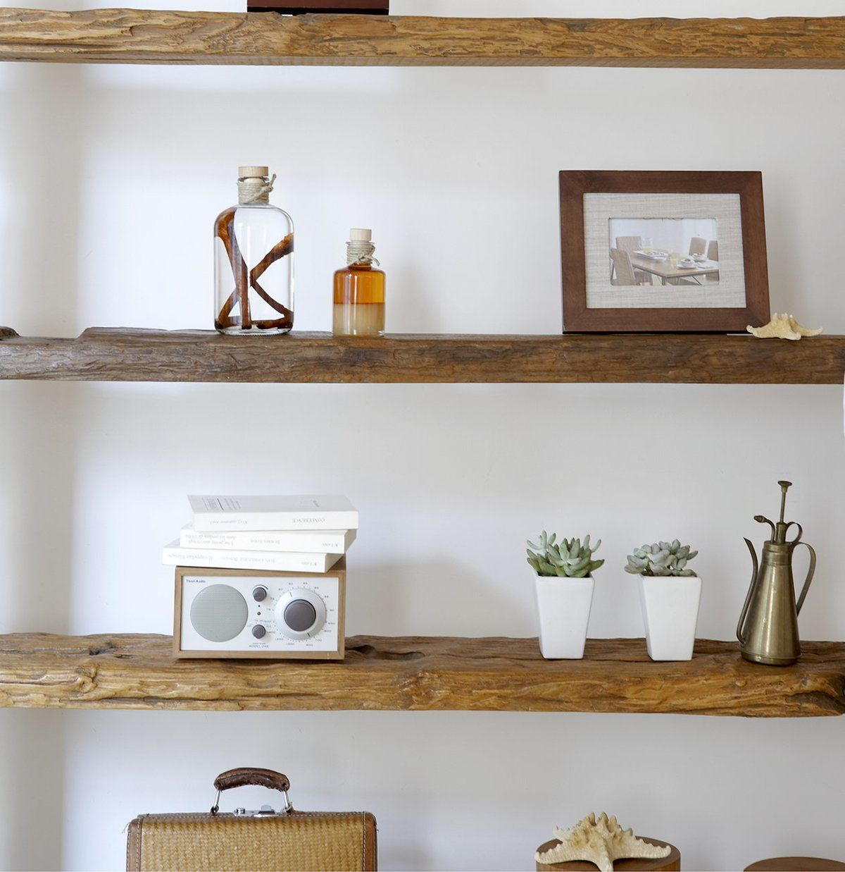 How to Refresh Your Home in the New Year on a Budget is part of Unique Home Accessories Shelves - Eager to give your space a New Year's makeover—without blowing your budget  These easy expert tips promise to bring new life to your home