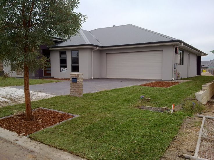 Colorbond Wallaby Roof Google Search Facade House Outside