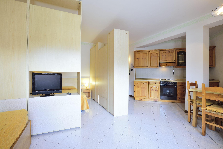 Appartamento Quadrifoglio Monolocale situato al 1° piano non servito da ascensore Monolocale con zona notte matrimoniale zona giorno con div…