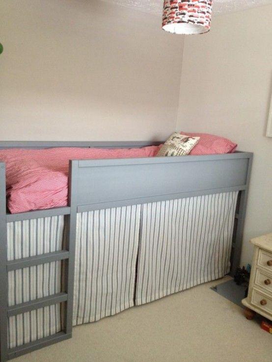 45 id es de chambre pour enfants avec des lits ikea kura cabane ch teau chambre enfant. Black Bedroom Furniture Sets. Home Design Ideas