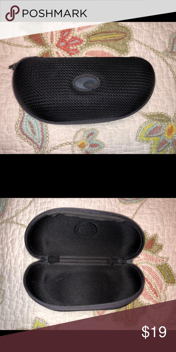 22411ae8c013 Black Costa sunglasses 🕶 case Protective case never used Costa Accessories  Glasses