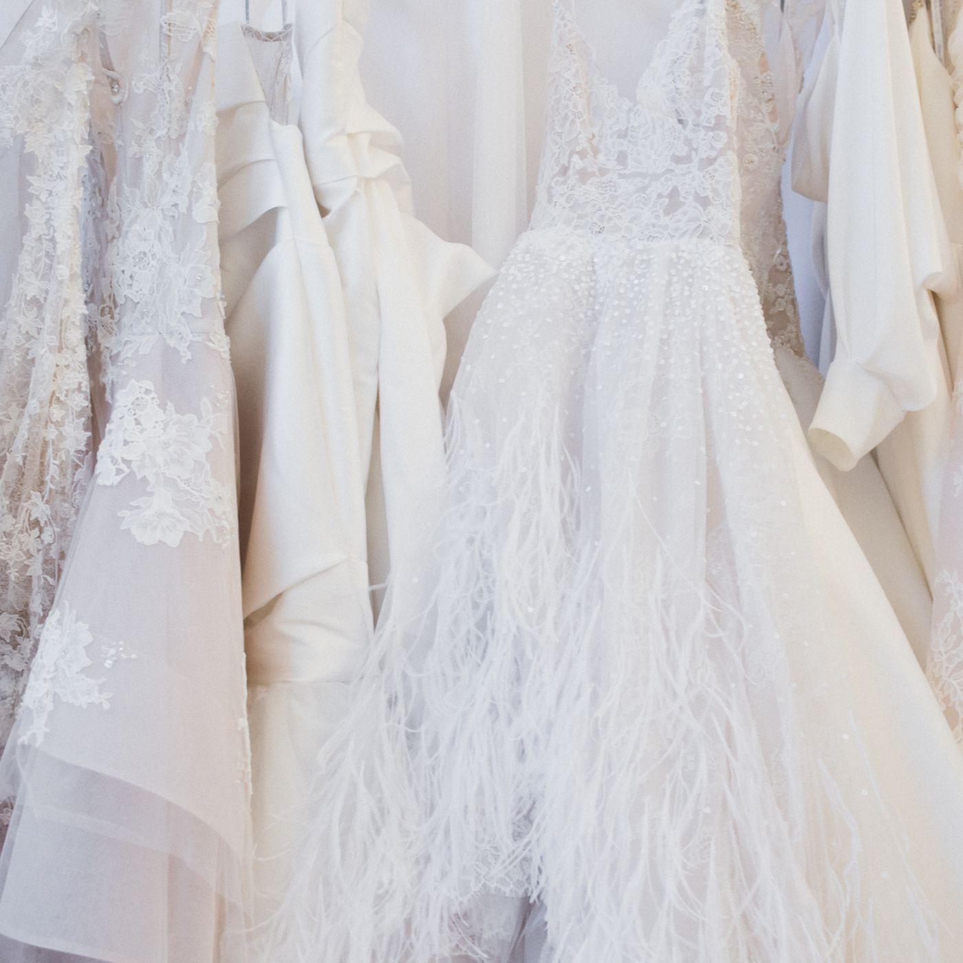 Second Hand Wedding Dresses Kansas City In 2020 Rental Wedding Dresses City Wedding Dress Second Hand Wedding Dresses