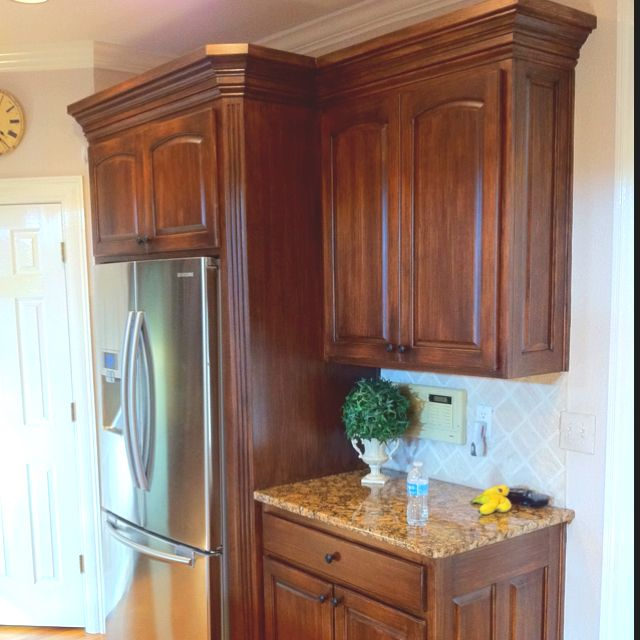 Antiqued Maple Doors These Were Originally Blonde Orange Maple Stain Cabinets They Were Clearcoated Glazed An Tuscan Kitchen Kitchen Redo Staining Cabinets