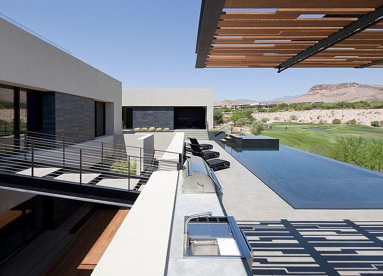 Garten Sitzbank Design schwarz Haus membranartige Umhüllung