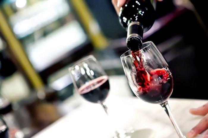 ¿Qué son y para qué sirven los taninos del vino tinto? http://www.vinetur.com/2013083013208/que-son-y-para-que-sirven-los-taninos-del-vino-tinto.html