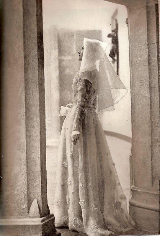 Bazaar May 1947 - Paris Collections-Designer Bridal