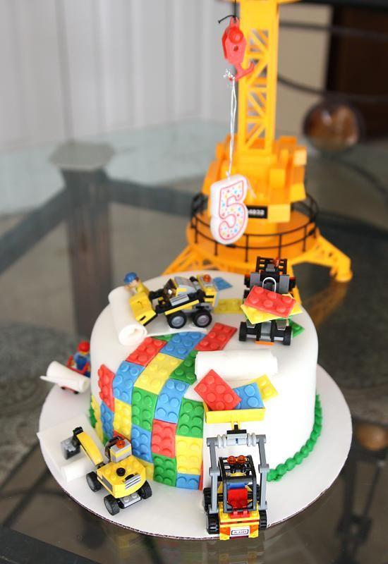 le gâteaux lego bulldozer | anniversaire lego | pinterest