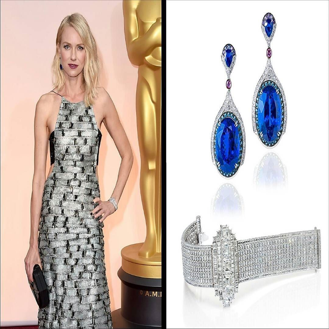 Naomi Watts arrived at the Oscar Award Ceremony in 2015 in a gown as spectacular as she is. Her Oscar gown was an Armani Privé gown high in fashion sporty and modern. The back looks phenomenal! To cap it all off she wore an Anna Hu Wallis Simpson diamond bracelet inspired by the Duchess of Windsor and an Art Deco-inspired sapphire earrings. By @annahu_hautejoaillerie #purplebyanki #diamonds #luxury #loveit #jewelry #jewelrygram #jewelrydesigner #love #jewelrydesign #finejewelry…