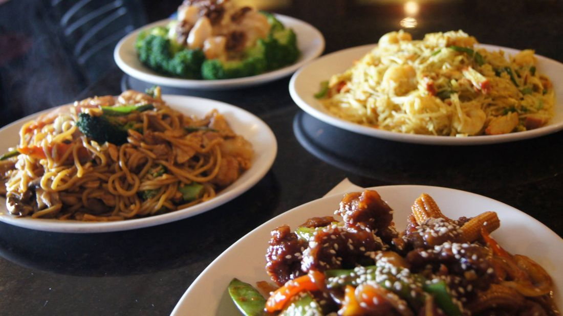 Imperial Wok 33825 Aurora Rd Solon Located Out In The Eastern Suburbs This Place Is A More Americanized Versio In 2020 Cantonese Food Chinese Restaurant Home Food