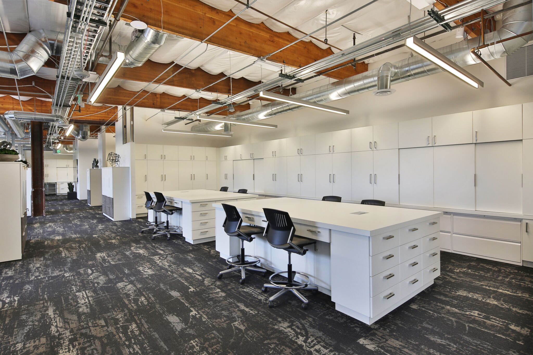 Resource Library And Worktables In Studio88 A Co Working Space For Interior Designers In Newport Beach Ca Fabric Interior Designers Floors And More Design