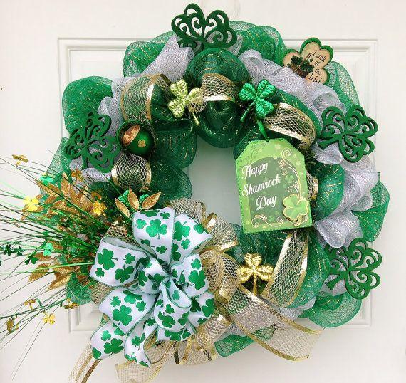 st patrick 39 s day deco mesh wreath with mesh ribbon wreaths door hangers pinterest mesh. Black Bedroom Furniture Sets. Home Design Ideas