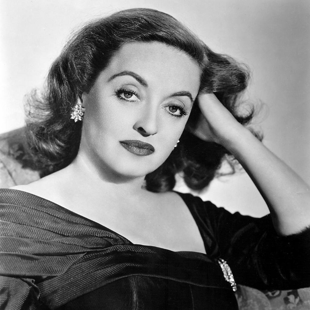 Bette Davis ('50)