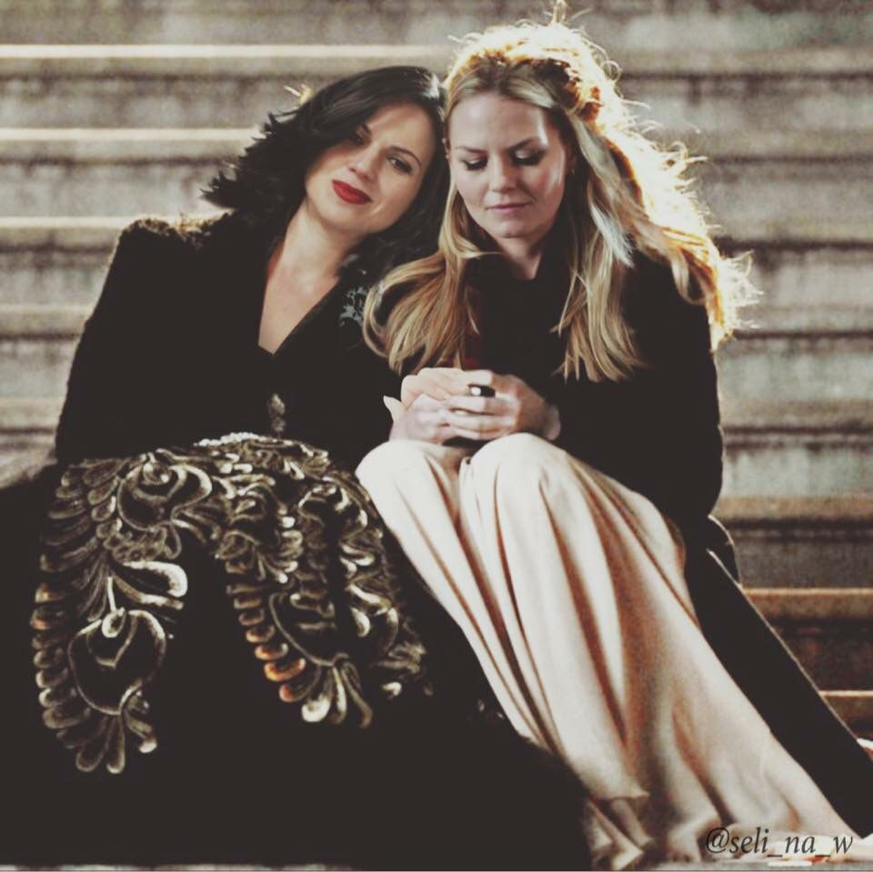 Awesome Regina and Emma (Lana and Jen)