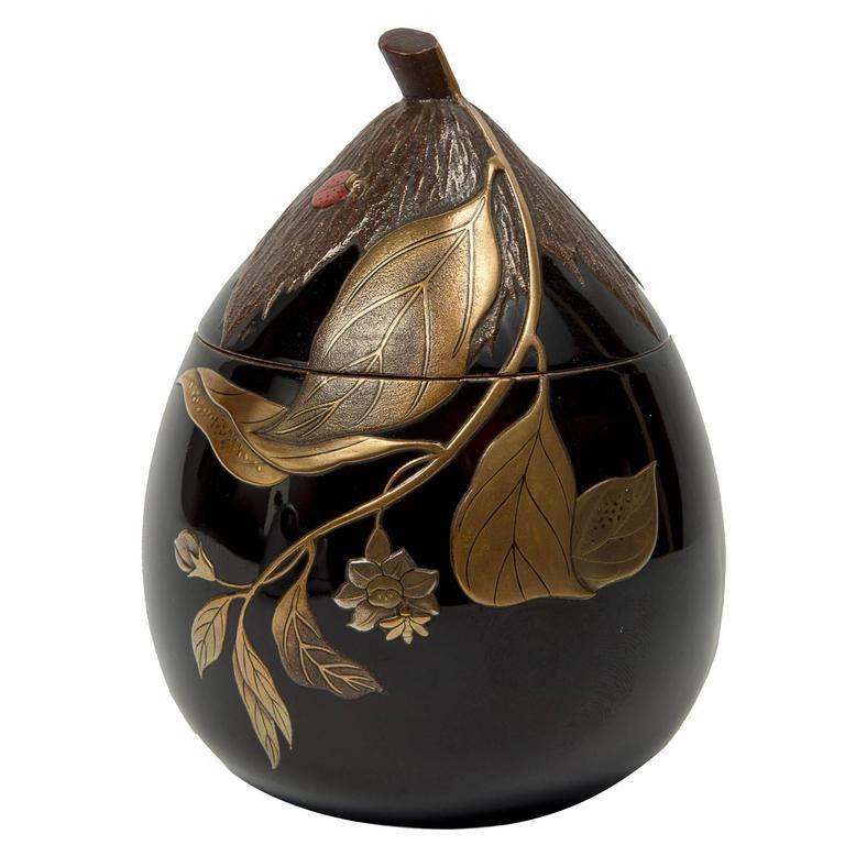 Antique Japanese incense case Kogo ceramic Kyo-ware Meiji Taisho