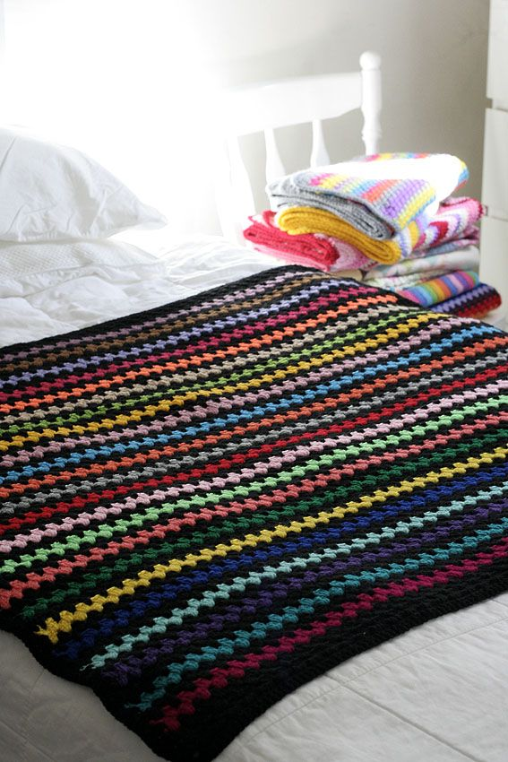 Look What I Made: Black Granny Stripe Blanket (Katie\'s Kitchen ...
