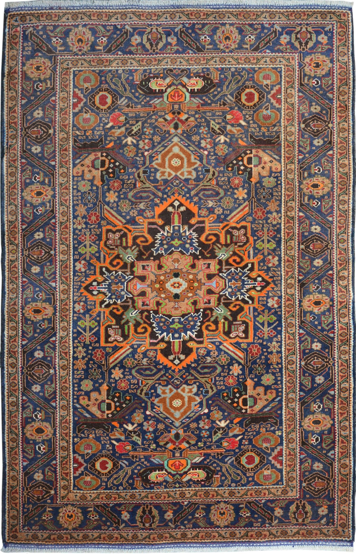Pin By Neville Galea On Home Decor Antique Persian Carpet Rugs Round Carpets