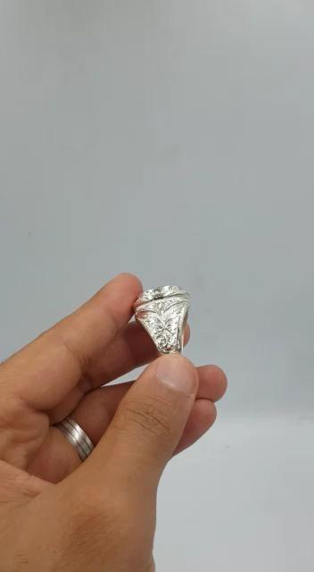 مجوهرات فاخرة صغنا لك خاتم ياقوت افريقي مميز طبيعي 100 Ruby Video Diamond Ring Engagement Rings Rings