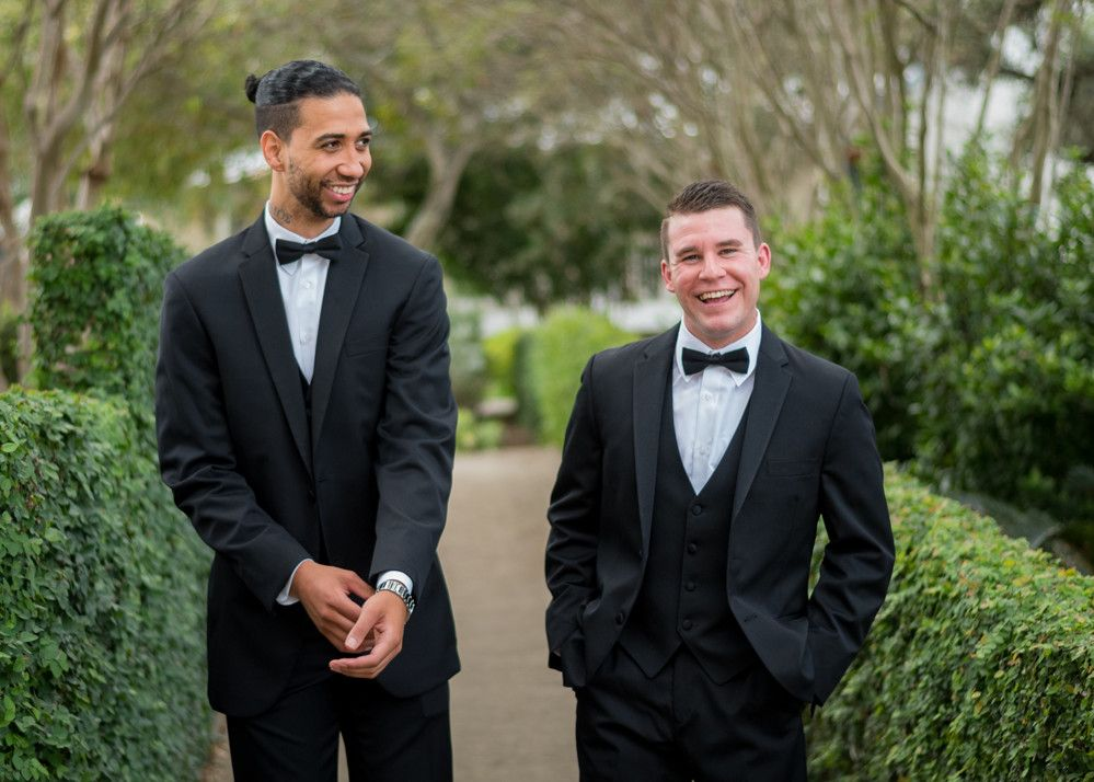 Candid groomsmen photo  Photo by Spark Events.  #candid #groom #groomsman #tuxes #tuxedo #portrait #photography #wedding