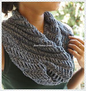 Sweet Nothings Crochet Debbie's Sweet Shelly Cowl