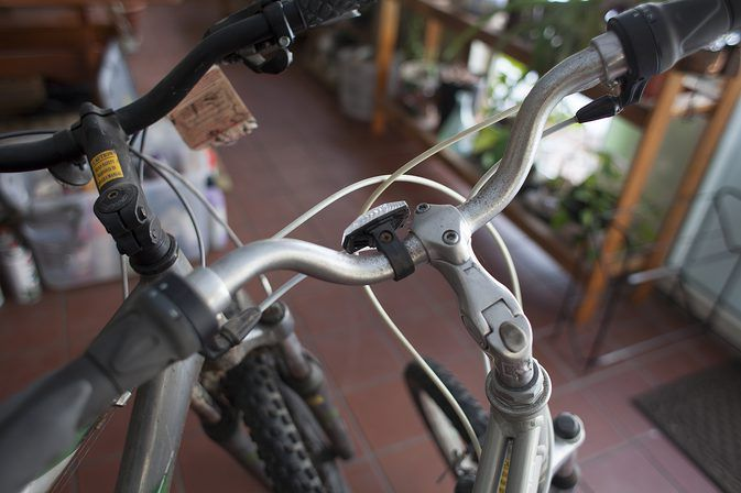 How To Adjust The Height Of Bicycle Handlebars Bicycle
