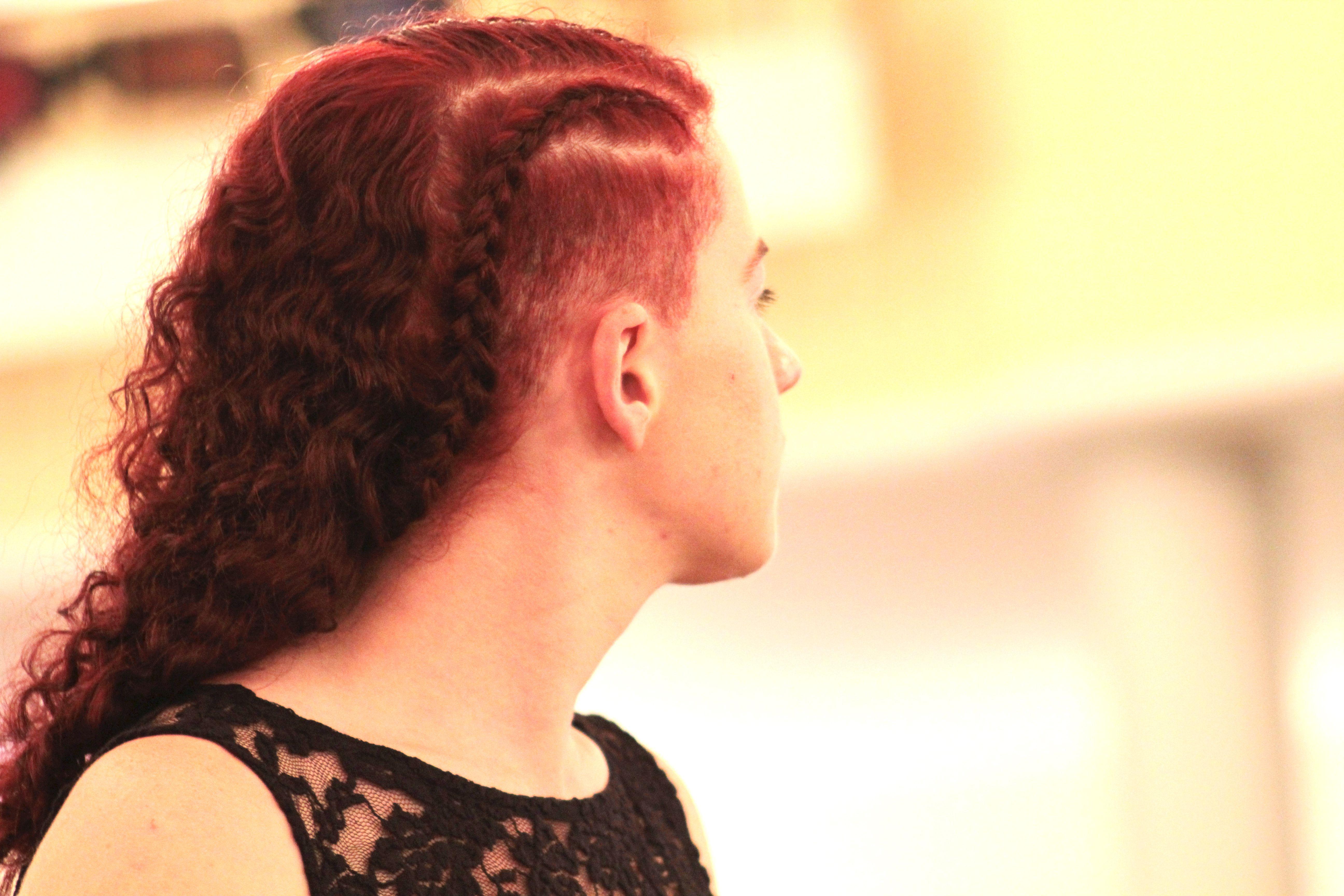sidecut geflochten Haare schneiden haircut frisuren style