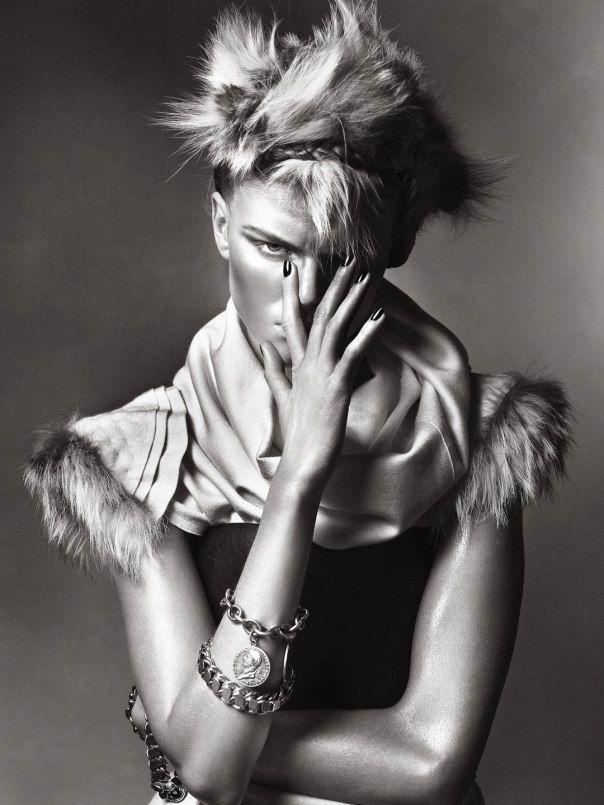 Publication: Numéro #105 August 2009 Model: Maryna Linchuk Photographer: Sebastian Kim Fashion Editor: Charles Varenne Hair: Diego Da Silva