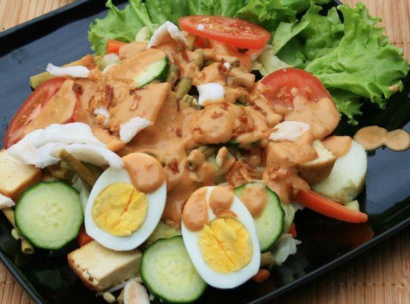 Resep Gado Gado Siram Spesial Dengan Bumbu Kacang Gado Gado Iklanga Salah Satu Makanan Khas Indonesia Adalah Gado Gado H Makanan Makanan Sehat Resep Masakan