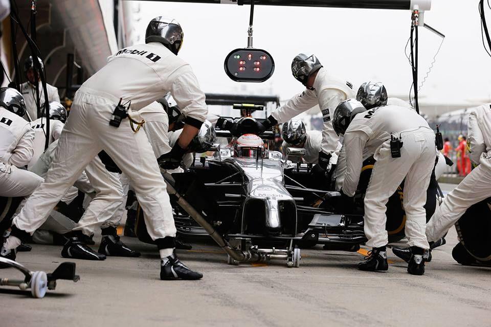 Team McLaren in China 2014