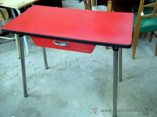 mesa de formica roja a os 60 vendida por 20 ajuar de