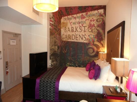 e9f0f4350ea5c27124004203e22a1107 - Barkston Gardens Hotel Earls Court London