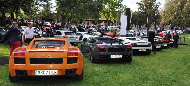 Autobello  Miércoles 24, se celebra en La Casa de Mónico en Madrid la octava edición en Madrid del evento Autobello. Los asistentes podrán disfrutar de la elegancia de coches de todas las marcas, especialmente Lamborghini, Porsche y Ferrari.