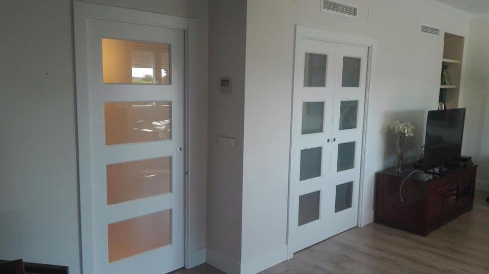 puertas correderas #KRONA con el modelo de BOSCO V4 con cristal mate
