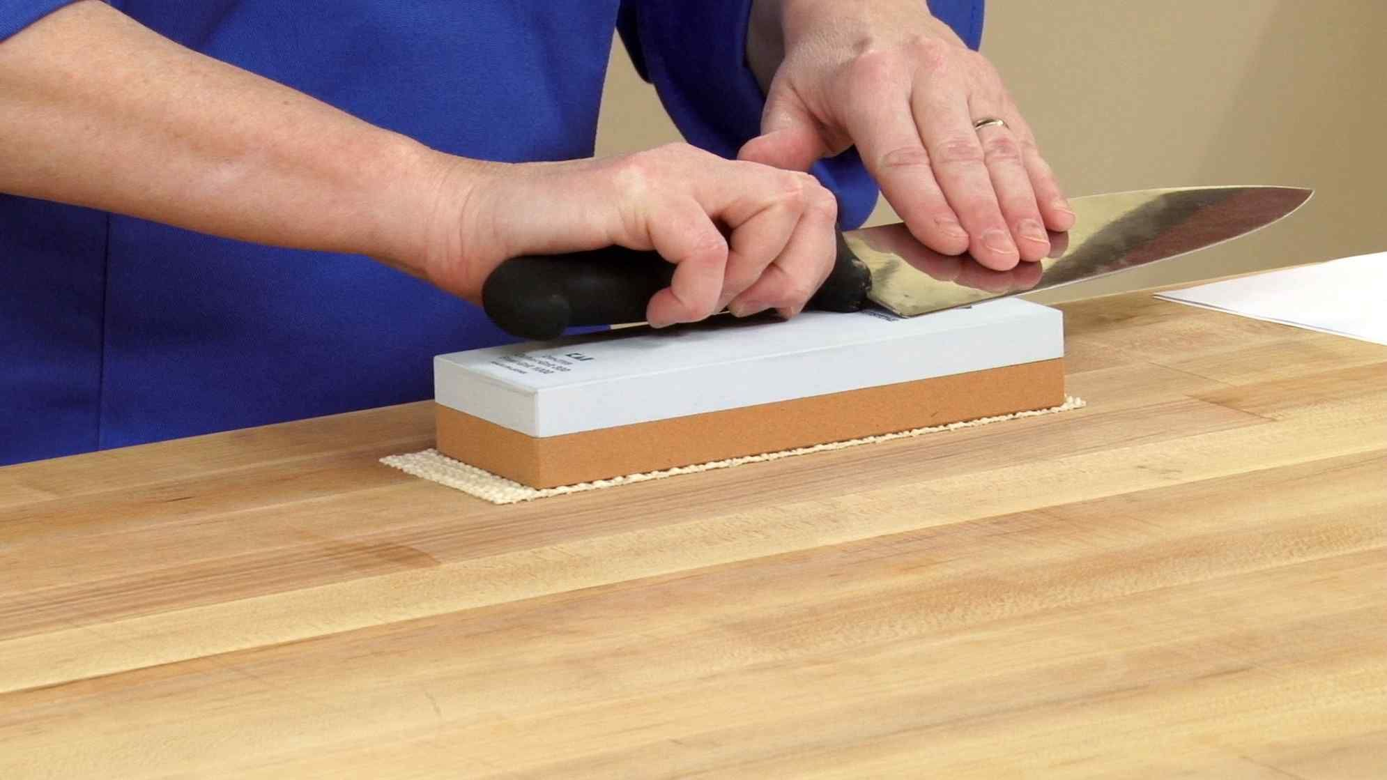 How To Use A Sharpening Stone Effectively Step By Step Guide Just Machete Knife Sharpening Stone Diy Knife Sharpening Stone