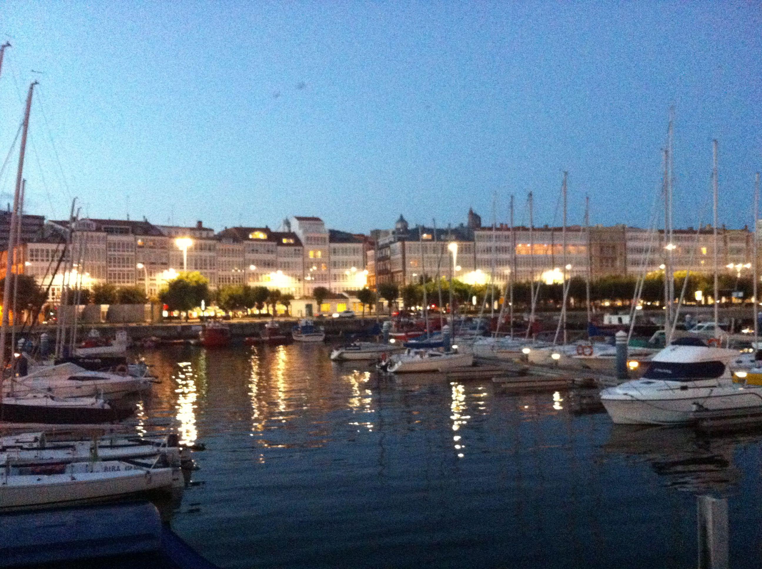 Galerías De La Marina Desde La Dársena La Coruña Galicia Spain A Coruña España Paisajes