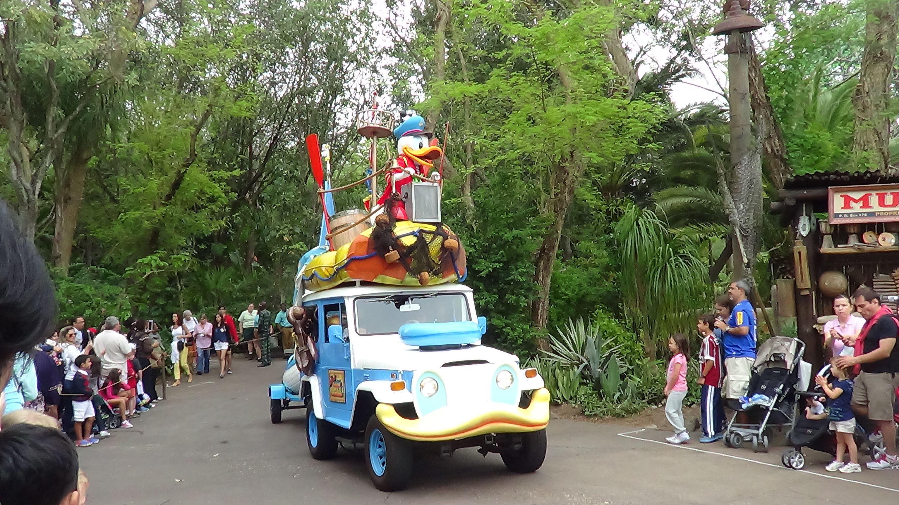 Junglejamminparade Animalkingdomparade Cars Certainly Look Like